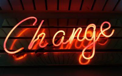 Télétravail et changement: écouter, tourner sa plume et accompagner!